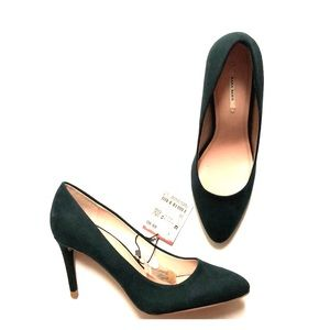 Zara Hunter Green Suede Pumps Sz 8 NWT